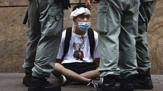 Uno de los manifestantes detenido en Hong Kong