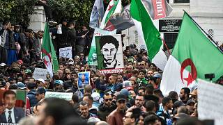 مسيرات مناهضة للحكومة في العاصمة الجزائرية يوم 6 مارس 2020.