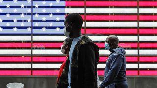 На войне как на войне: пандемия стоила жизни свыше 100 тысяч американцев