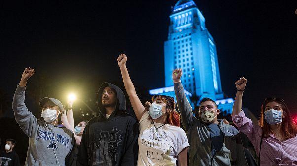 معترضان در مینیاپولیس