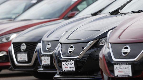 Непроданные автомобили в салоне Nissan в Колорадо