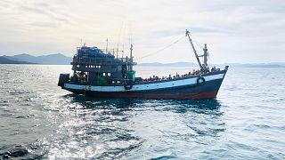 Malezya'ya girmeye çalışan mülteciler nisan/2020