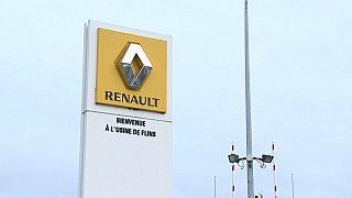 Entrada de la fábrica de Renault en Flins