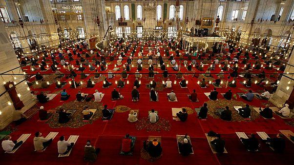 جامع الفاتح في مدينة اسطنبول، تريكا