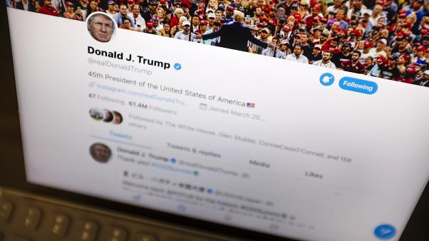حساب الرئيس الأمريكي دونالد ترامب على تويتر