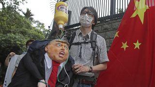 Washington felmondja Hongkong kiváltságait
