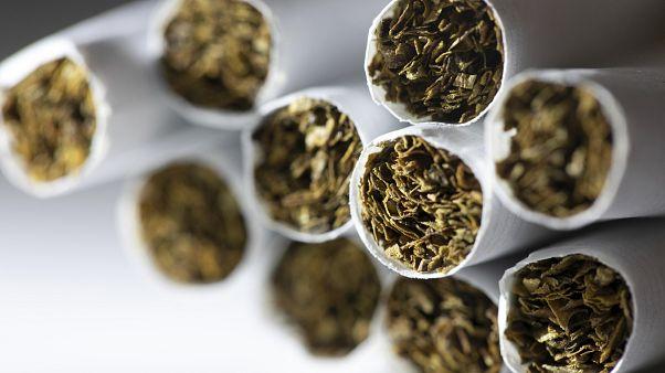 انتقادات أممية لمصنعي السجائر