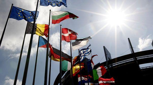 Avrupa Parlamentosu önü