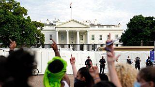 تظاهرات در برابر کاخ سفید