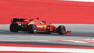 A Ferrarai versenyzője, Charles Leclerc a 2019-es osztrák Forma-1 nagydíjon