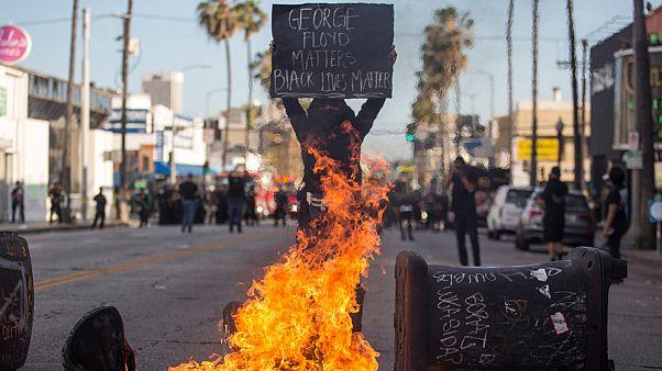 جانب من الاحتجاجات في لوس أنجليس