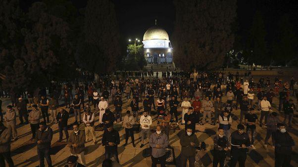 إعادة فتح المسجد الأقصى في القدس