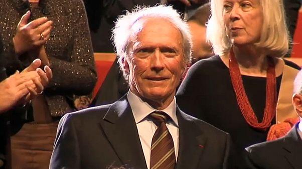 90 χρονών γίνεται ο Κλιντ Ίστγουντ
