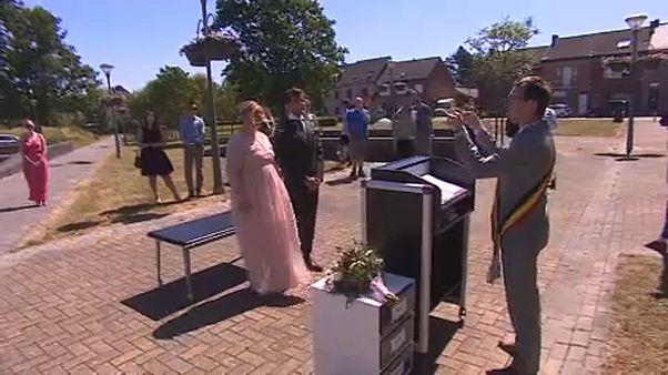 Belgium: esküvő vendégekkel