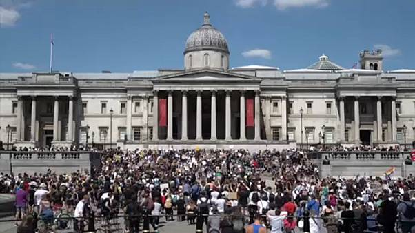 Protestos em Trafalgar Square contra a morte de George Floyd