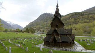 Деревянная церковь в Боргунде
