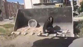 آسیه پناهی، زن کرمانشاهی که بعد از تخریب آلونکش به طرز مشکوکی درگذشت