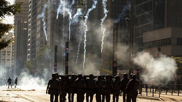 Tüntetések a brazil elnök miatt