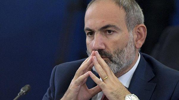 Az örmény kormányfő is megfertőződött a koronavírussal
