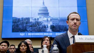 Mark Zuckerberg debaixo de fogo