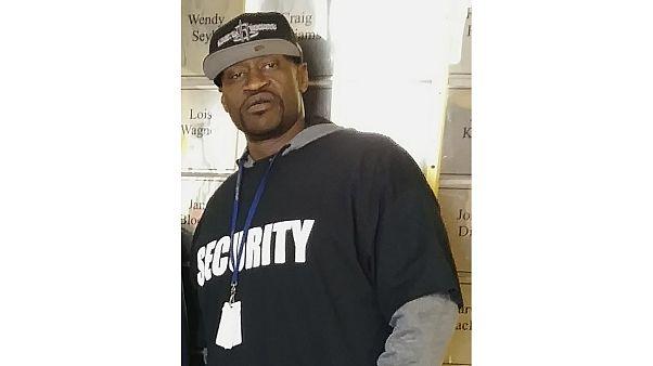 Floyd: l'ex pugile Mayweather paga i funerali dell'afroamericano