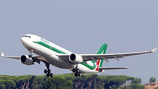 Alitalia возобновила авиасообщение