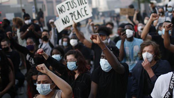 Franciaországot is elérte az Amerikából indult polgárjogi tüntetéshullám