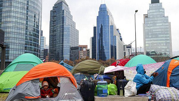 Campamento de inmigrantes en Santiago de Chile