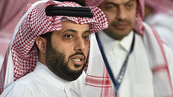 السعودية نيوز |      تركي آل شيخ يقول إنه سيتبرع بهداياه المقدمة للأهلي لصندوق تحيا مصر