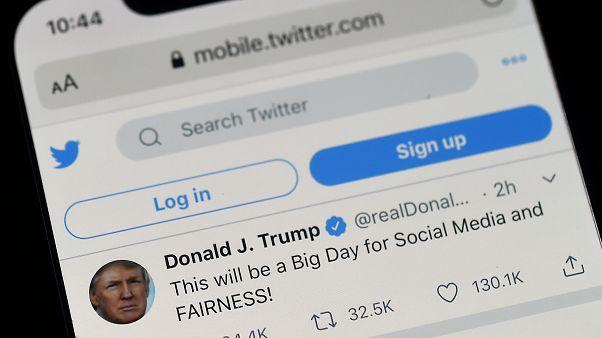 صفحة الرئيس الامريكي دونالد ترامب على تويتر