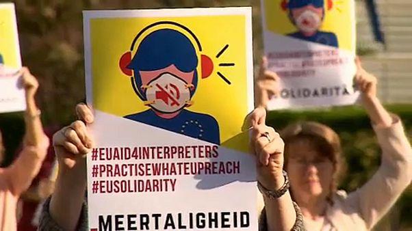 """Protesta de los intérpretes """"freelance"""" frente a las instituciones europeas"""