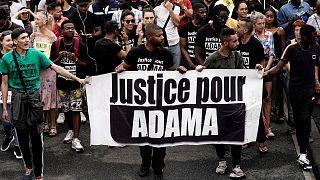 Archivo: Marcha por la paz organizada en Beaumont-sur-Oise el 20 de julio, en memoria de Adama Traoré, que murió durante su detención por la gendarmería en 2016.