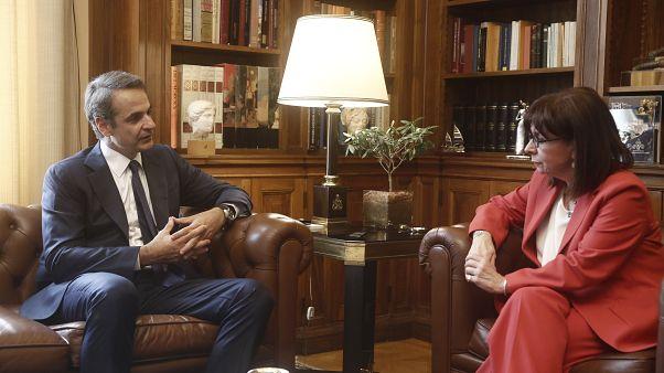 Συνάντηση της Προέδρου της Ελληνικής Δημοκρατίας Κ.Σακελλαροπούλου με τον πρωθυπουργό Κυρ.Μητσοτάκη
