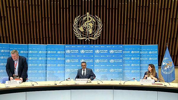 A WHO újrakezdi a gyógyszerkísérleteket a klorokinnal