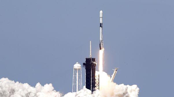 SpaceX'in Starlink için uzaya fırlattığı roket, 22 Nisan 2020