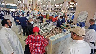 سوق للسمك في الكويت