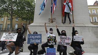 Cosa chiedono i manifestanti anti-razzismo di Londra