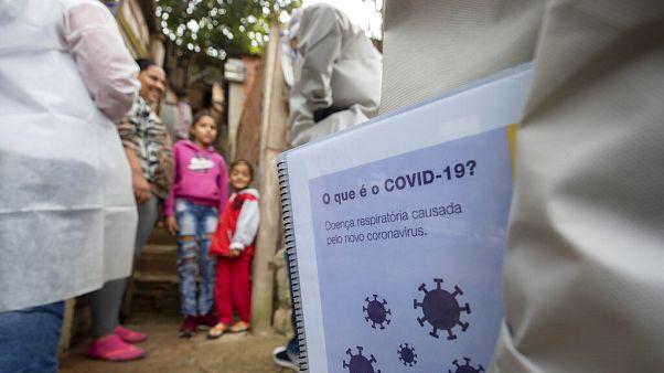 Médicos Sem Fronteiras visitam favelas em São Paulo numa campanha ligada à Covid-19