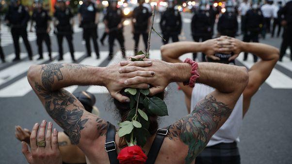 معترضان به درگذشت جورج فلوید در مینیاپولیس