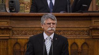 Kövér László beszél a parlament Trianon-emlékülésén