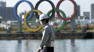 Die Olympischen Ringe im Zeichen des Coronavirus