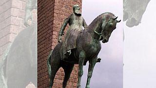 مجسمه لئوپولد دوم