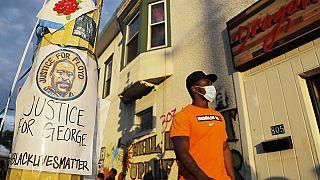Weltweit fordern Demonstranten eine Ende von Rassismus und Polizeigewalt
