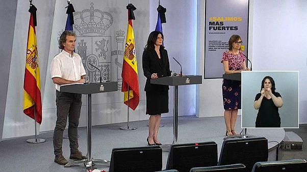 Rueda de prensa con Fernando Simón, Raquel Yotti y Marina Pollán