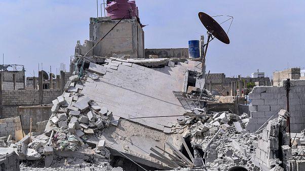 منزل تحول إلى ركام جراء غارة جوية إسرائيلية في ضاحية الحجيرة في دمشق - 2020/04/27