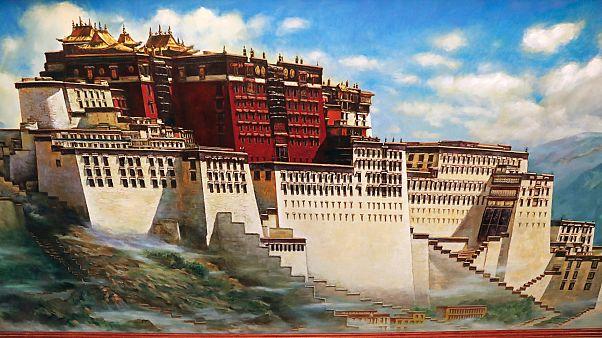 Potala palota, Lhászá