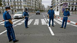 شرطيون جزائريون بالعاصمة