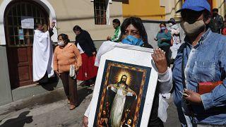 خلال احتفال ديني في بوليفيا