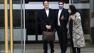 مجید طاهری، پزشک ایرانی-آمریکایی در بدو ورود به تهران پس از ۱۶ ماه بازداشت در آمریکا