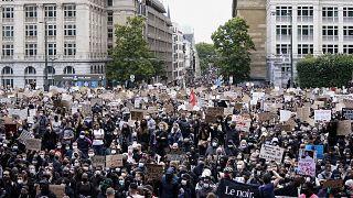 متظاهرون في العاصمة البلجيكية بروكسل